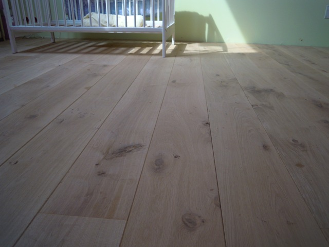 Isol naturel parquet bois massif for Parquet chene massif a clouer